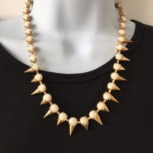 Spikes!  White and gold necklace